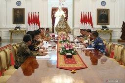 Presiden Joko Widodo terima asosiasi pertekstilan bahas peningkatan ekspor