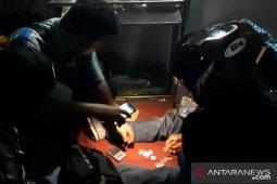 Polisi tangkap pengedar narkoba di lokasi objek wisata Singkawang