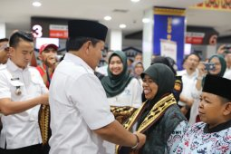 Gubernur Lampung lepas 174 jemaah umroh dengan penerbangan langsung ke Jeddah