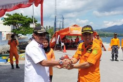 Puluhan personel SAR Ternate dibekali pelatihan dasar