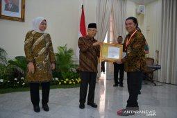 Gubernur Banten Raih Anugerah Paramakarya 2019