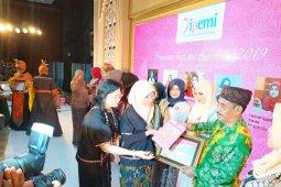 Bupati Lebak raih Anugerah Perempuan Inspirasi Indonesia 2019