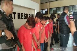 Polisi tangkap enam pemuda terkait kasus pengeroyokan dan pencurian