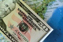 Dolar Amerika jatuh akibat pelemahan kinerja ekonomi