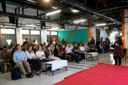 Belajar kebijakan publik dari Surabaya