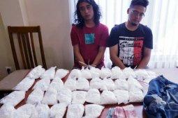 Polda Bali ringkus dua pengedar 33.400 pil koplo asal Jember