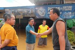 Bupati Sekadau pantau banjir di sejumlah titik di Kecamatan Nanga Taman
