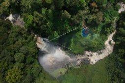 Obyek wisata air terjun Telun Berasap di Kabupaten Kerinci