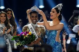 Zozibini Tunzi jadi Miss Universe 2019