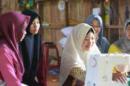 Siti Rohanah, berdayakan masyarakat melalui wadah pelatihan