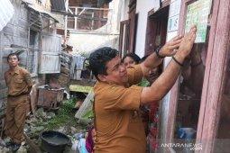 Pemkot Padangsidimpuan pasang 5.781 stiker PKH