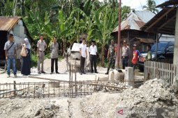 Baru tiga tahun, kantor Kepala Desa Gunungtua Jae dibongkar