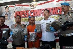 Kalau melawan petugas, pengedar narkoba di Denpasar ditembak mati