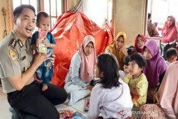 Polisi bantu pulihkan trauma anak korban kebakaran Pulau Sebuku