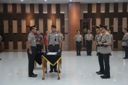 Tornagogo Sihombing resmi menjabat Kapolda Papua Barat