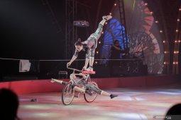 Oriental Circus hadirkan The Great 50 Show sebagai hiburan akhir tahun