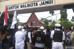 FPI Kota Jambi tuntut Pemkot Jambi tutup tempat hiburan malam