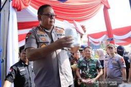 East Java police destroy 28 kg of crystal meth