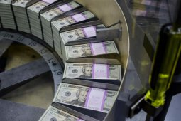 Kurs dolar AS melemah di tengah ketegangan geopolitik