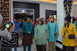 Rahima resmikan lobi kantor Bappeda sebagai display produk lokal