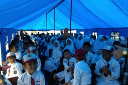 Menteri Makariem tinjau sekolah ambruk di Cibinong