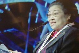 Megawati ingatkan kader PDIP tak ambil keuntungan pribadi