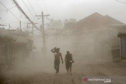 Manila lumpuh akibat aktivitas vulkanik Gunung Taal