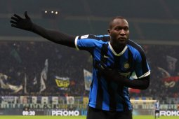 Inter Milan lumat Cagliari 4-1