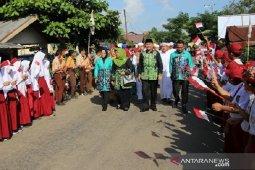 Jalan santai hingga kuliner 17 desa isi hari jadi Kecamatan Padang Batung