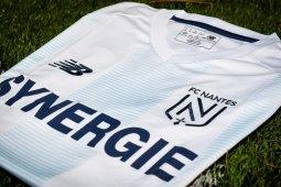 Liga Prancis - Nantes pakai jersey spesial warna khas Argentina kenang Emiliano Sala