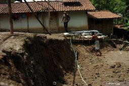 20 kecamatan di Kapuas Hulu Kalbar berpotensi tanah bergerak