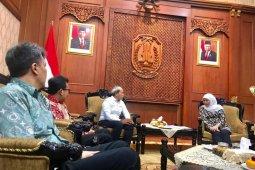 Kunjungan CEO ANTARA Digital Media ke Gubernur Jatim