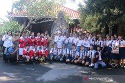 "12 tim peneliti muda Denpasar ikuti ""Thailand Inventor's Day 2020"""
