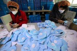 Sebuah apotek di China didenda akibat naikkan harga masker