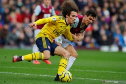 Arsenal kembali main tanpa gol di kandang Burnley