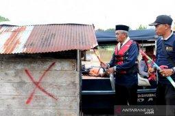 Jamban Apung di Kabupaten Banjar di bongkar
