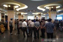 Polisi tingkatkan keamanan depan ruang sidang kongres PAN