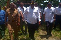 Pengembangan tiga bandara Papua Barat dimulai 2020