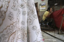 Batik Indramayu terancam punah