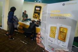 Harga emas Antam naik Rp5.000/gram
