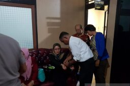 Enam tersangka skandal BNI 46 Cabang Ambon diserahkan ke jaksa