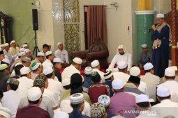 Shalat subuh berjamaah bersama Syekh Muhammad Jaber