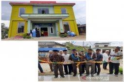 Bupati resmikan kantor desa termegah di Tapsel