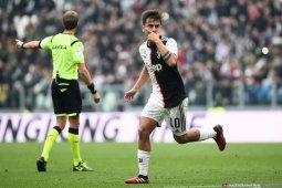Juventus menjauh dari kejaran Inter setelah menang 2-0 atas Brescia