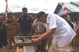 Bupati Sintang resmikan air minum pedesaan warga Desa Panekasan