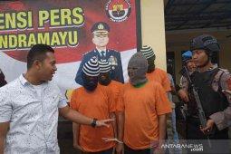 Polisi Indramayu tangkap empat pelaku penggelapan modus sewa mobil