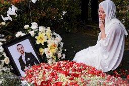 Pemakaman Ashraf Sinclair