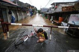 BNPB urges people to prepare for flood mitigation