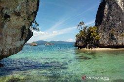 KKP sosialisasikan aturan pemanfaatan ruang laut Raja Ampat terkait investasi