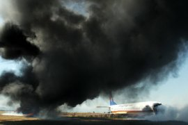 Dua orang tewas saat pesawat Rusia mendarat darurat